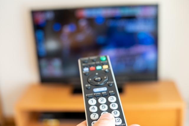 テレビのリモコン操作